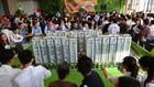 Rất đông khách hàng đến tìm hiểu và mua căn hộ ở dự án Him Lam Phú An.