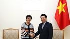 Phó Thủ tướng Phạm Bình Minh và Giám đốc Điều hành Trung tâm Thương mại quốc tế (ITC), bà Arancha González. Ảnh VGP
