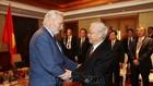 Tổng Bí thư Nguyễn Phú Trọng và Chủ tịch Hội Hữu nghị Hungary - Việt Nam Botz László - Ảnh: TTXVN