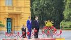 Chủ tịch nước và Phu nhân chủ trì lễ đón Tổng thống Indonesia và Phu nhân