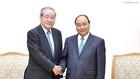 Thủ tướng Nguyễn Xuân Phúc và ông Koichi Miyata, Chủ tịch Tập đoàn Tài chính Sumitomo Mitsui (SMFG) kiêm Chủ tịch Ngân hàng Sumitomo Mitsui (SMBC) của Nhật Bản. Ảnh: VGP