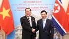 Phó Thủ tướng, Bộ trưởng Ngoại giao Phạm Bình Minh và Bộ trưởng Ngoại giao Triều Tiên Ri Yong Ho. Ảnh: VGP