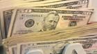 Nguyên nhân khiến USD tăng giá là những bình luận cứng rắn của quan chức FED mấy ngày gần đây khiến giới giao dịch phải đánh giá lại kỳ vọng lãi suất - Ảnh: CNBC/Getty/Bloomberg.