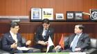 Bộ trưởng Bộ Kế hoạch và Đầu tư Nguyễn Chí Dũng hội đàm với Bộ trưởng Bộ Giao thông Quốc thổ Nhật Bản Kenichi Ishi
