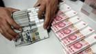 Trung Quốc có vẻ chưa dùng trái phiếu kho bạc Mỹ để làm công cụ đàm phán thương mại - Ảnh: VOA.