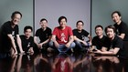 CEO Lei Jun (giữa) cùng các cộng sự tạiXiaomi. Ảnh:Xiaomi