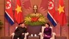 Chủ tịch Quốc hội Nguyễn Thị Kim Ngân và Chủ tịch Triều Tiên Kim Jong Un. Ảnh: VGP