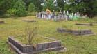 Cán bộ xã bán đất nghĩa trang trái phép, thu tiền tỷ