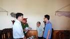 Cựu Chủ tịch xã Trần Văn Phú đang bị cơ quan chức năng đọc lệnh bắt giam.