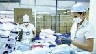 Việc cắt giảm thuế quan nhờ các FTA sẽ không còn là lợi thế nếu không nâng cao được năng lực cạnh tranh của doanh nghiệp Việt. Ảnh: Lê Tiên