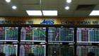 Sắc xanh bao phủ thị trường. Ảnh: Văn Giáp/BNEWS/TTXVN