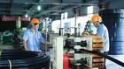 Doanh nghiệp cần đầu tư thiết bị hiện đại, giảm tiêu hao năng lượng để hạn chế tác động của việc tăng giá điện. Ảnh: Nhã Chi