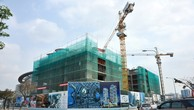 """Hà Nội: Bậc tam cấp bị đập bỏ, nhiều dự án BĐS vẫn """"ôm"""" trọn vỉa hè"""