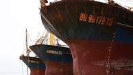 Tàu cá vỏ thép do Công ty Đại Nguyên Dương đóng cho ngư dân Bình Định sớm bị hư hỏng được đưa lên bờ sửa chữa trong nửa cuối năm 2017