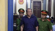 """""""Tiếp tay"""" cho Phạm Công Danh, lãnh đạo BIDV bị đề nghị điều tra."""