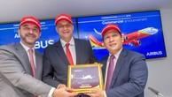 Đại diện Vietjet và Airbus tại lễ ký kết hợp đồng đặt mua 50 tàu bay mới