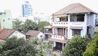 Căn nhà ba tầng, có sân vườn rộng của ông Trần Văn Minh trên đường Lý Thường Kiệt (quận Hải Châu, Đà Nẵng).