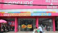 """Hệ thống siêu thị Con Cưng bị nghi thay đổi nhãn mác sản phẩm từ Trung Quốc thành """"made in Thailand""""."""