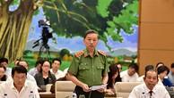 Bộ trưởng Bộ Công an trả lời chất vấn
