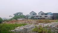 Sông Hoạt bị lấn chiếm nhiều đoạn để xây dựng nhà cửa