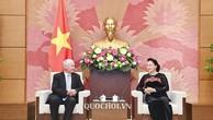 Chủ tịch Quốc hội Nguyễn Thị Kim Ngân và Viện trưởng Viện Kiểm sát Tối cao Hungary Péter Polt.