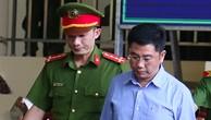 Bị cáo Nguyễn Văn Dương trong phiên toà 17/11.