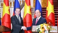 Thủ tướng Nguyễn Xuân Phúc và Thủ tướng Liên bang Nga Dmitry Medvedev - Ảnh: VGP