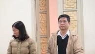 Hai bị cáo Nguyễn Cự Tẩm và Phạm Thị Minh Phương tại tòa