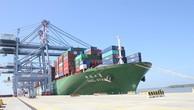 Cảng biển tỷ đô vã mồ hôi vì đói hàng