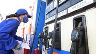Giữ giá xăng, tăng giá dầu từ 15h