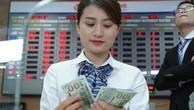 Lãi suất VND liên ngân hàng rơi sâu, tỷ giá USD/VND lên cao