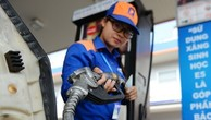 Giá xăng có thể giảm mạnh. Ảnh:Petrolimex.