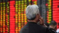 Những dấu hiệu cho thấy kinh tế Trung Quốc mất đà tăng trưởng và cuộc chiến thương mại Mỹ-Trung chưa hạ nhiệt tiếp tục gây sức ép lên giá cổ phiếu Trung Quốc - Ảnh: Reuters.