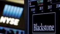 Lượng tài sản được quản lý tăng lên đồng nghĩa với Blackstone càng thu được nhiều phí quản lý hơn - Ảnh: Reuters.