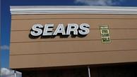 Thông báo ngừng bán hàng tại một cửa hàng của Sears ở New York. Ảnh:Reuters
