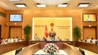 Phiên họp thứ 28 của Ủy ban Thường vụ Quốc hội ngày 16/10/2018. Ảnh: Quang Khánh