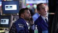 Các nhà giao dịch cổ phiếu trên sàn NYSE ở New York, Mỹ - Ảnh: Reuters/Fortune.
