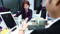 Phương thức xử lý nợ xấu phần lớn là do các tổ chức tín dụng tự xử lý qua dự phòng rủi ro, thu nợ từ khách hàng. Ảnh: Nhã Chi