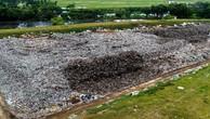 Nhà thầu thi công chậm khiến tiến độ công trình cải tạo bãi chôn lấp rác thải của thị xã Bỉm Sơn, Thanh Hóa bị ảnh hưởng nghiêm trọng. Ảnh: Thanh Hào