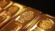 Giá vàng châu Á giảm nhẹ do đồng USD mạnh lên. Ảnh: reuters