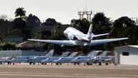 Các hãng cung cấp dịch vụ bay bằng chuyên cơ đang giảm giá dịp Black Friday. Ảnh:AP