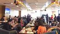 Nhiều giải pháp thúc đẩy tiến độ cải tạo chung cư cũ đã được đưa ra tại Chương trình cafe doanh nhân sáng ngày 15/12, tại Hà Nội.