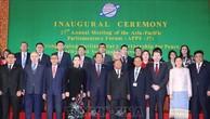 Chủ tịch Quốc hội Nguyễn Thị Kim Ngân và các trưởng đoàn chụp ảnh lưu niệm tại lễ khai mạc APPF-27. Ảnh: TTXVN