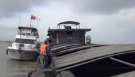 Hơn 600 tấn than bùn không nguồn gốc bị cảnh sát biển bắt giữ trên vùng biển giáp ranh giữa Quảng Ninh và Hải Phòng.