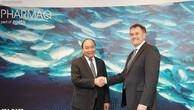 Thủ tướng Nguyễn Xuân Phúc thăm Công ty Pharmaq. Ảnh VGP