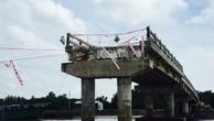 """Vụ cầu vừa thông xe kỹ thuật đã sập ở Cà Mau: """"Cái kết"""" được dự báo trước (Kỳ 1)"""