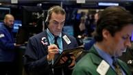 Chứng khoán Mỹ đi xuống sau khi FED nâng lãi suất