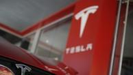 """Tesla vươn lên mạnh mẽ sau """"năm địa ngục"""" 2018"""