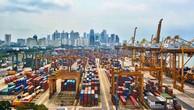 Một bến cảng ở Singapore.