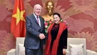 Chủ tịch Quốc hội Nguyễn Thị Kim Ngân tiếp Phó Chủ tịch Ủy ban Chuẩn chi, Thượng nghị sỹ Patrick Leahyn. Ảnh: Báo Đại biểu nhân dân